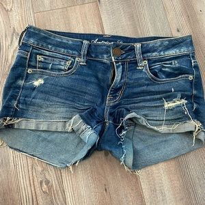 Love these American Eagle Jean shorts